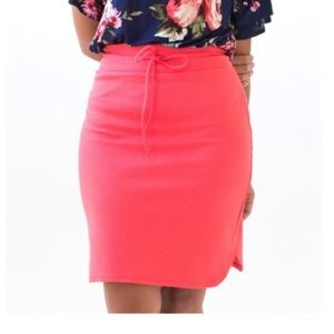 Live in Skirt, Coral, S, NWT